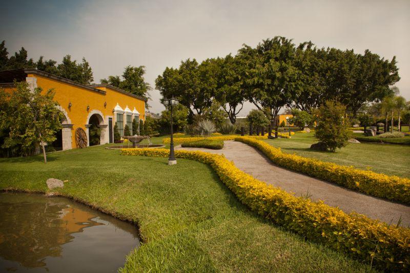 Jard n brenna cuernavaca for Jardin villa san gaspar